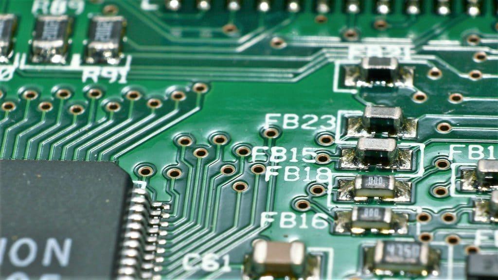 elektronik-leiterplatine-oberflaechenbeschichtung
