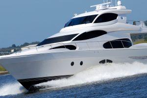Boote und Wasserfahrzeuge